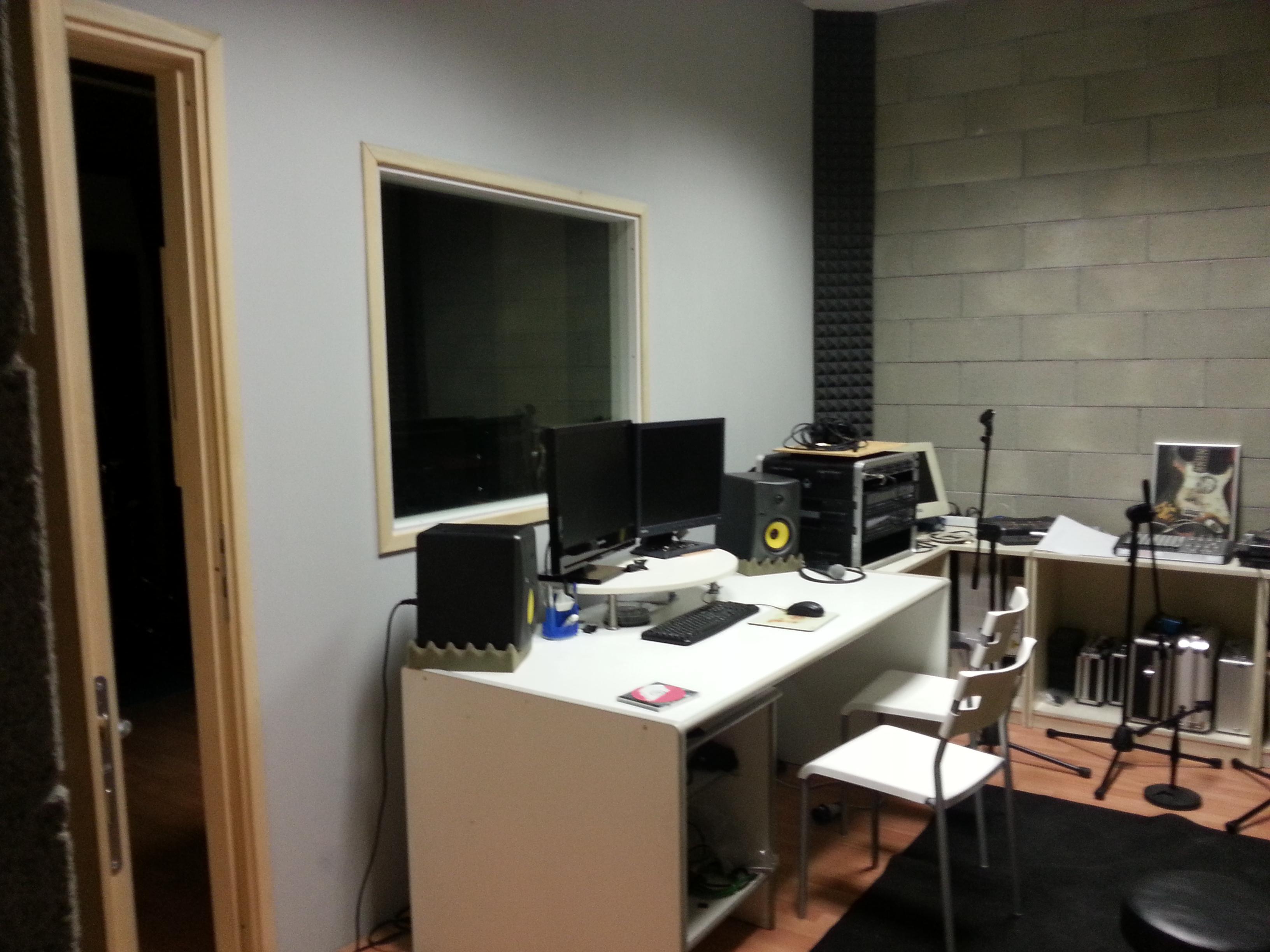 Studio di registrazione m4a lab - Studio di registrazione casalingo ...